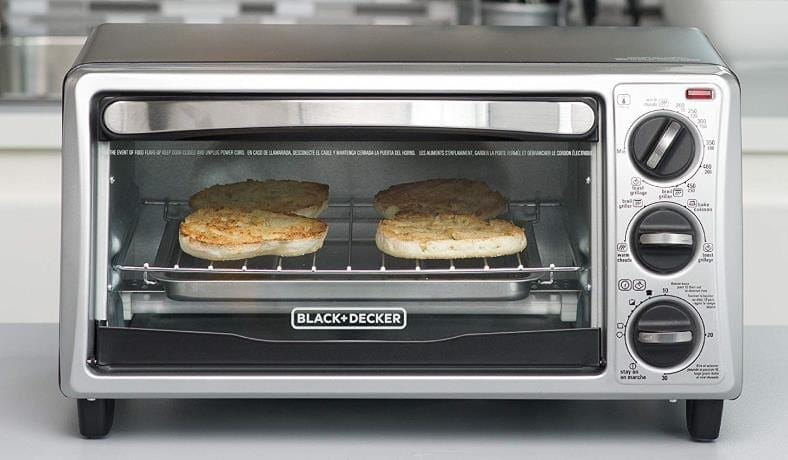 Black and Decker 4 slice toaster bread example