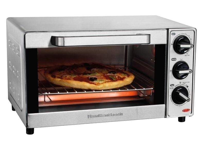 Hamilton Beach 31401 toaster oven cooking pizza
