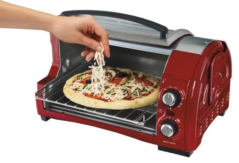 Hamilton Beach Easy Reach toaster oven open top example