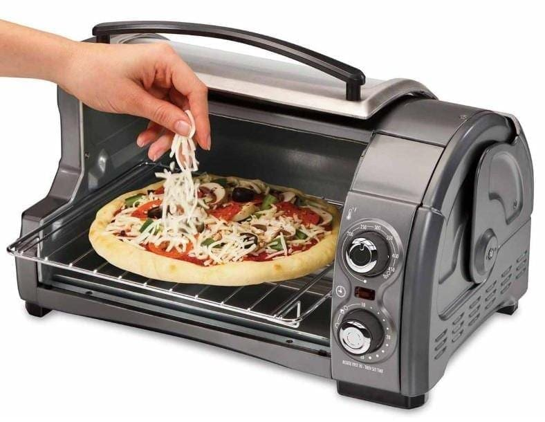 Hamilton Beach Easy Reach toaster oven open top example