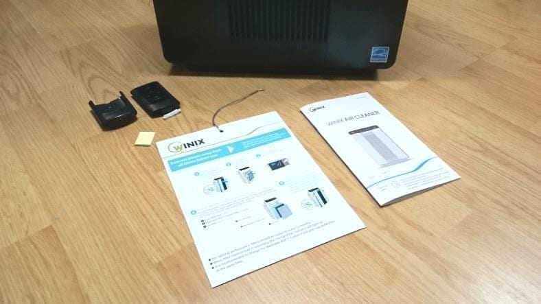 Image of items included in the Winix 5500-2 air purifier package