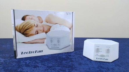 A Hands-On LectroFan White Noise Machine Review: It's A Classic And A Great Choice!